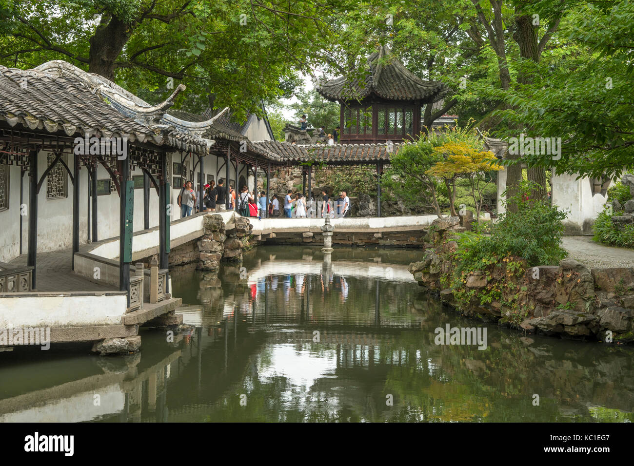 Il lungo corridoio, umile administrator's garden, Suzhou, Cina Immagini Stock