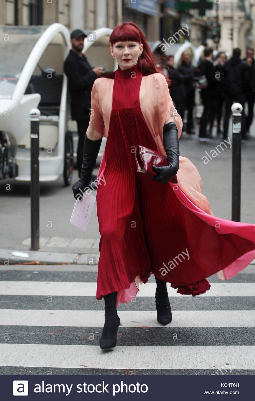 Strada Moda Lo Di Della Stile Parigi Settimana Durante La LSzGqVUMp