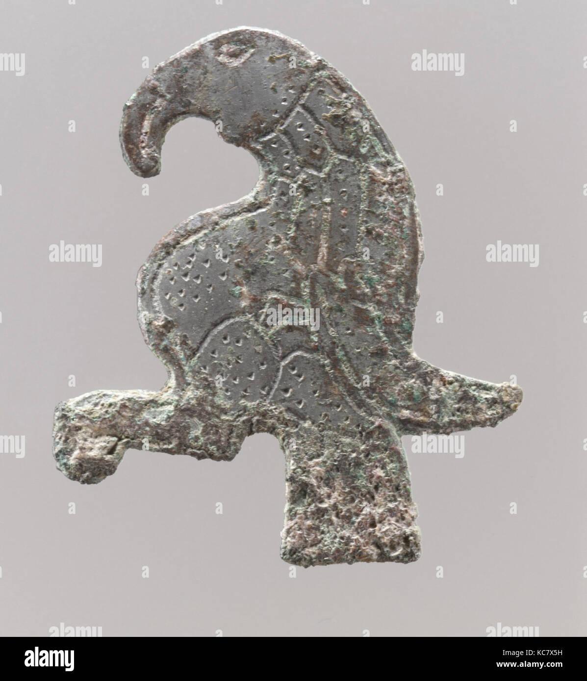 2bfa6f529c Borsa montare sotto forma di un uccello, prima metà del VI secolo Immagini  Stock