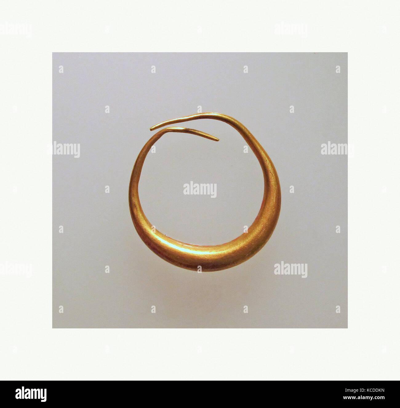 Orecchini oro, Diam. 2 cm, oro e argento Foto Stock
