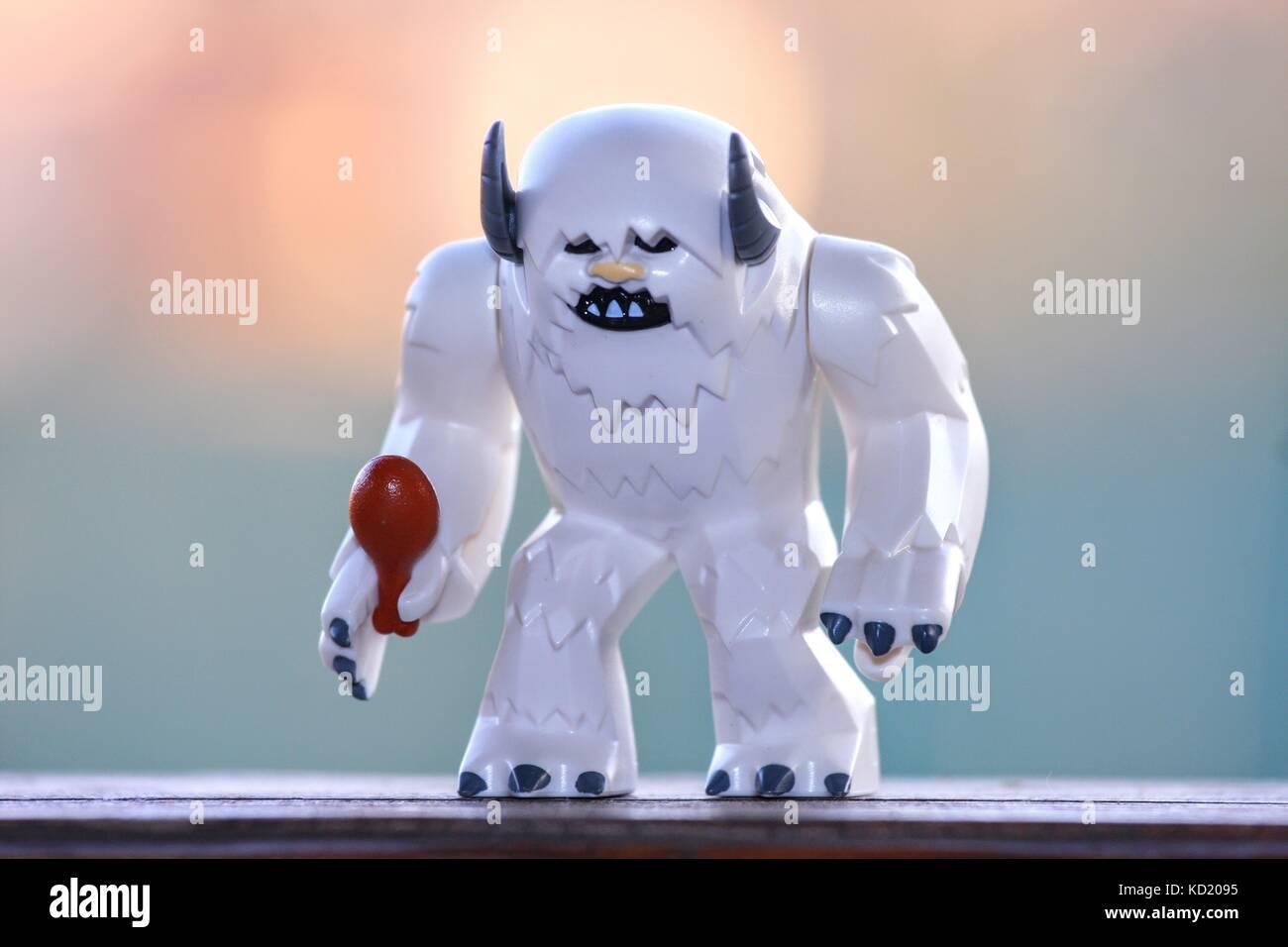 wampa lego starwars minifigure