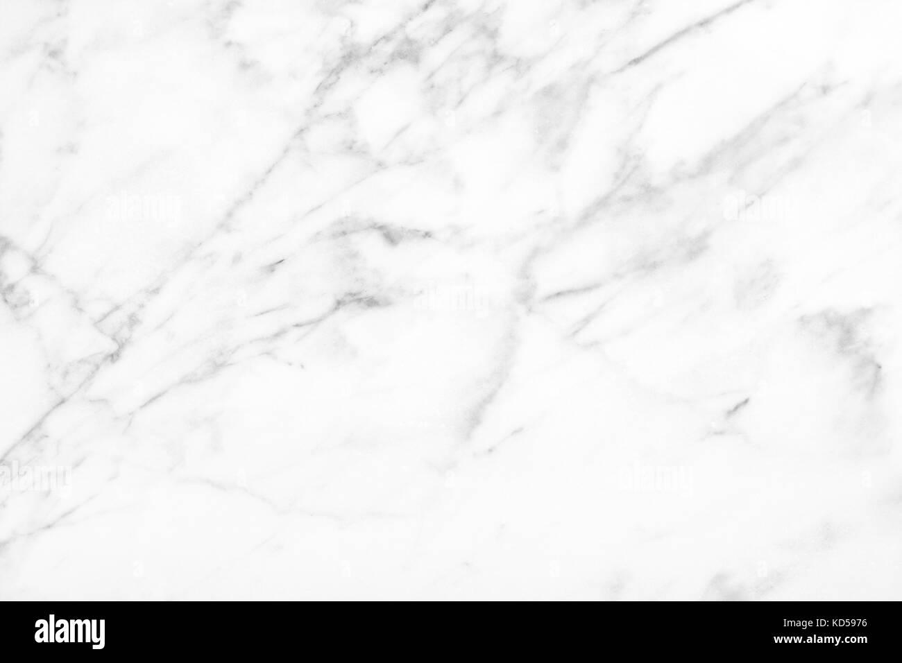 Bagni In Marmo Di Carrara : Il marmo bianco di carrara luce naturale per il bagno o la cucina