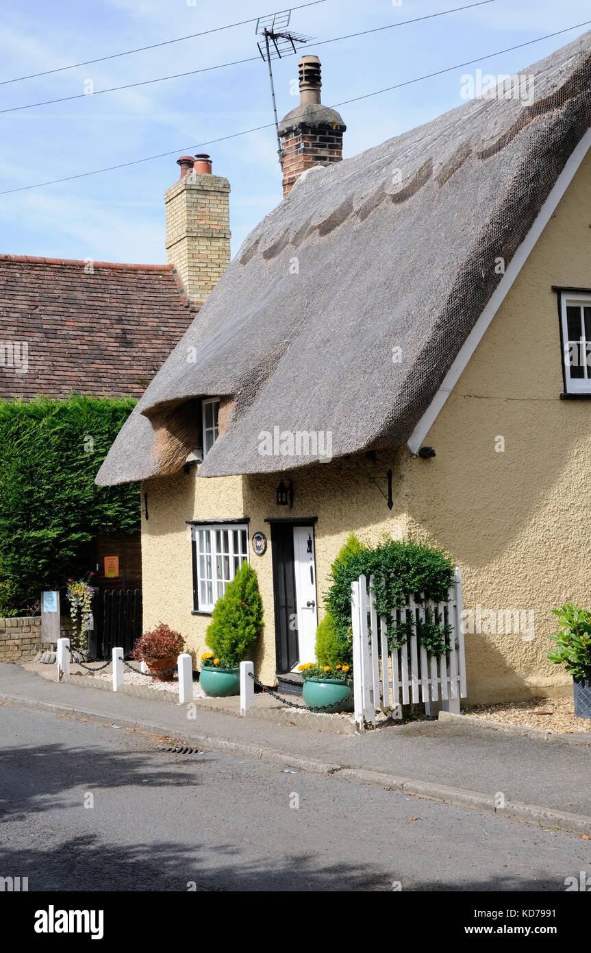 Somborne cottage, guilden morden, CAMBRIDGESHIRE, è c18 con fine c19 e C20 aggiunte e modifiche Immagini Stock