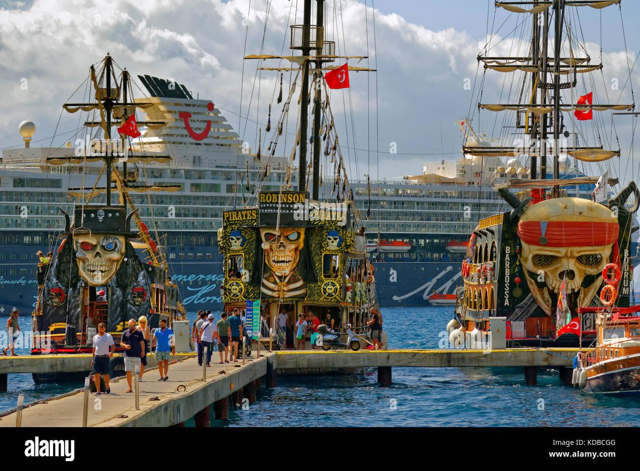 Letto A Forma Di Nave Pirata : Nave pirata drake steboambiente giochi per parchi
