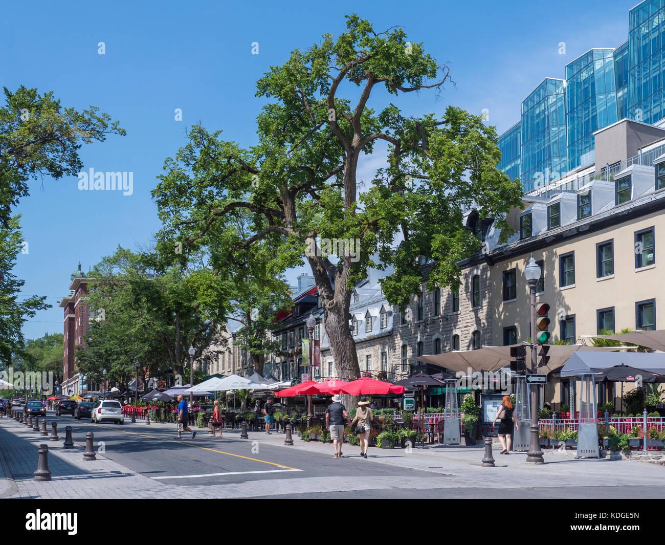 Negozi e ristoranti lungo la Grande Allee Est street,Quebec City, in Canada. Immagini Stock