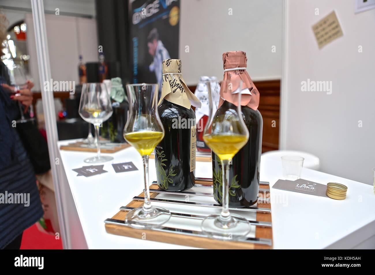 Benvenuti Italia 2017 Camera di Commercio Italiana nel Regno Unito . Cibi italiani vini oli d' oliva e caffè Immagini Stock