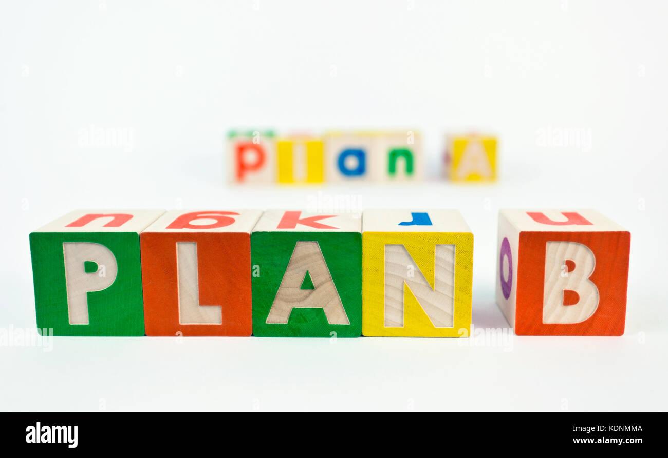Pianificazione alternativa b concept presentato con colorati blocchi giocattolo. Immagini Stock