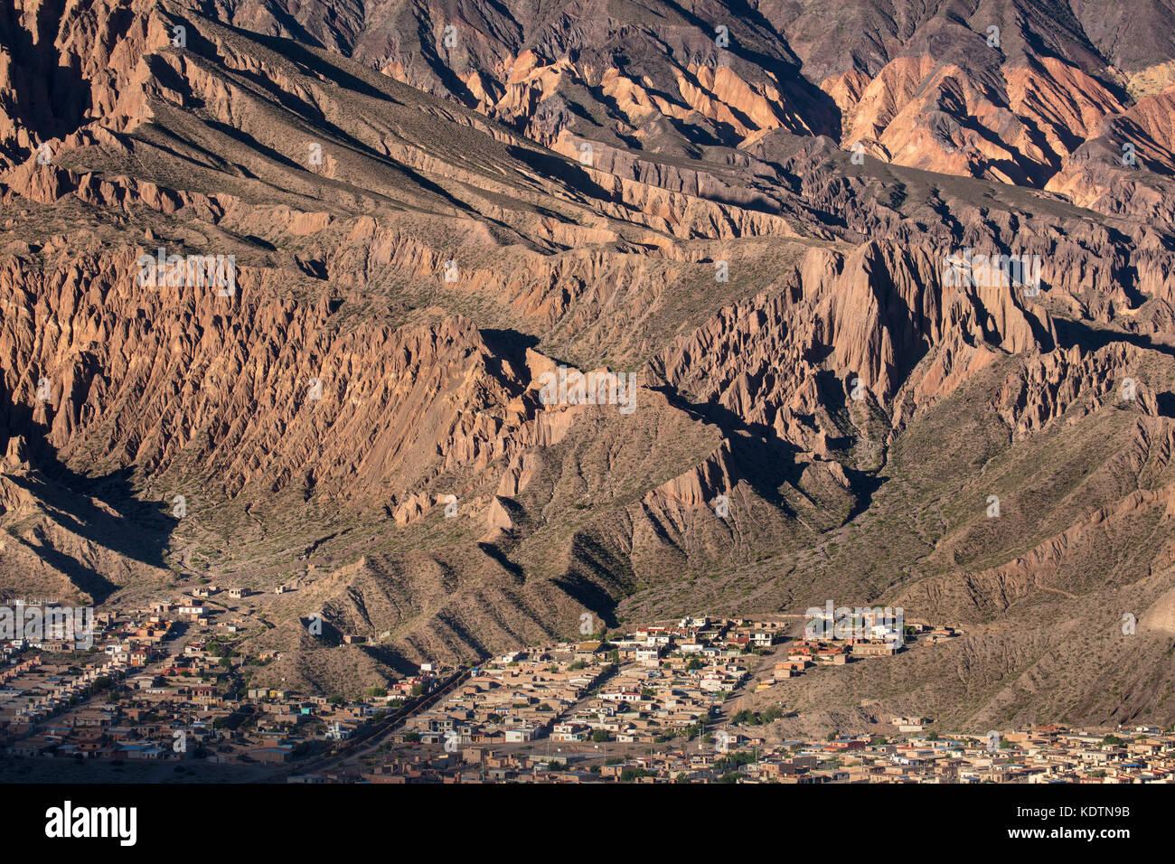 I colori nelle montagne della Quebrada de Humahuaca nr tilcara, provincia di Jujuy, Argentina Immagini Stock