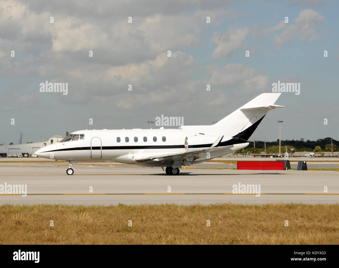 Aereo Privato Lusso : Quanto costa un aereo di linea e un ultraleggero