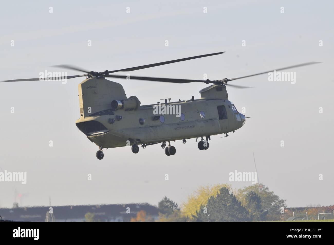 Elicottero Ch : Ch elicottero chinook foto immagine stock alamy