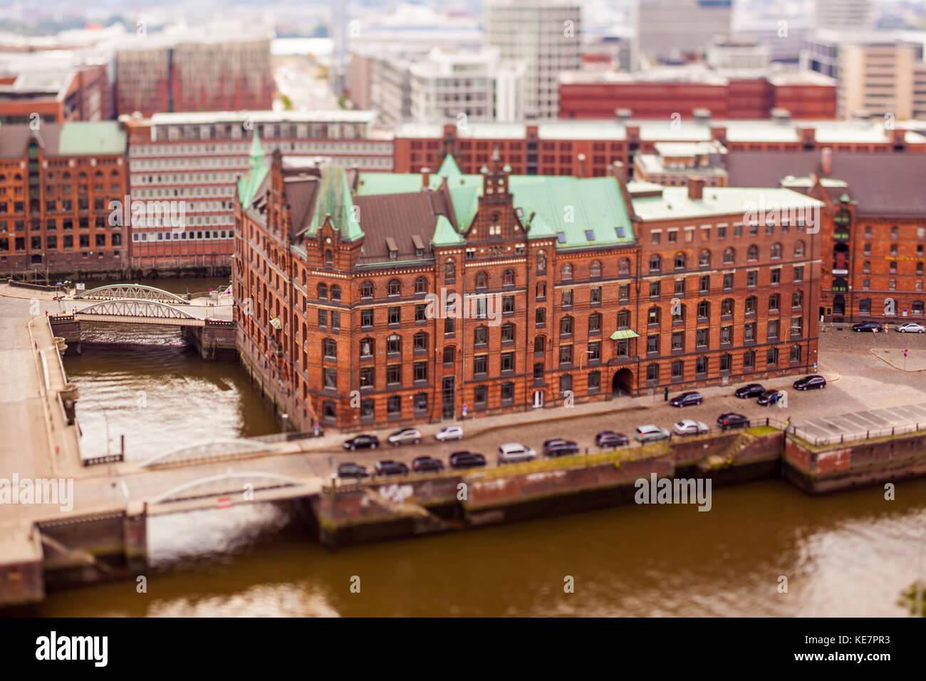 Magazzino storico a Speicherstadt di Amburgo, tilt-shift photography Immagini Stock