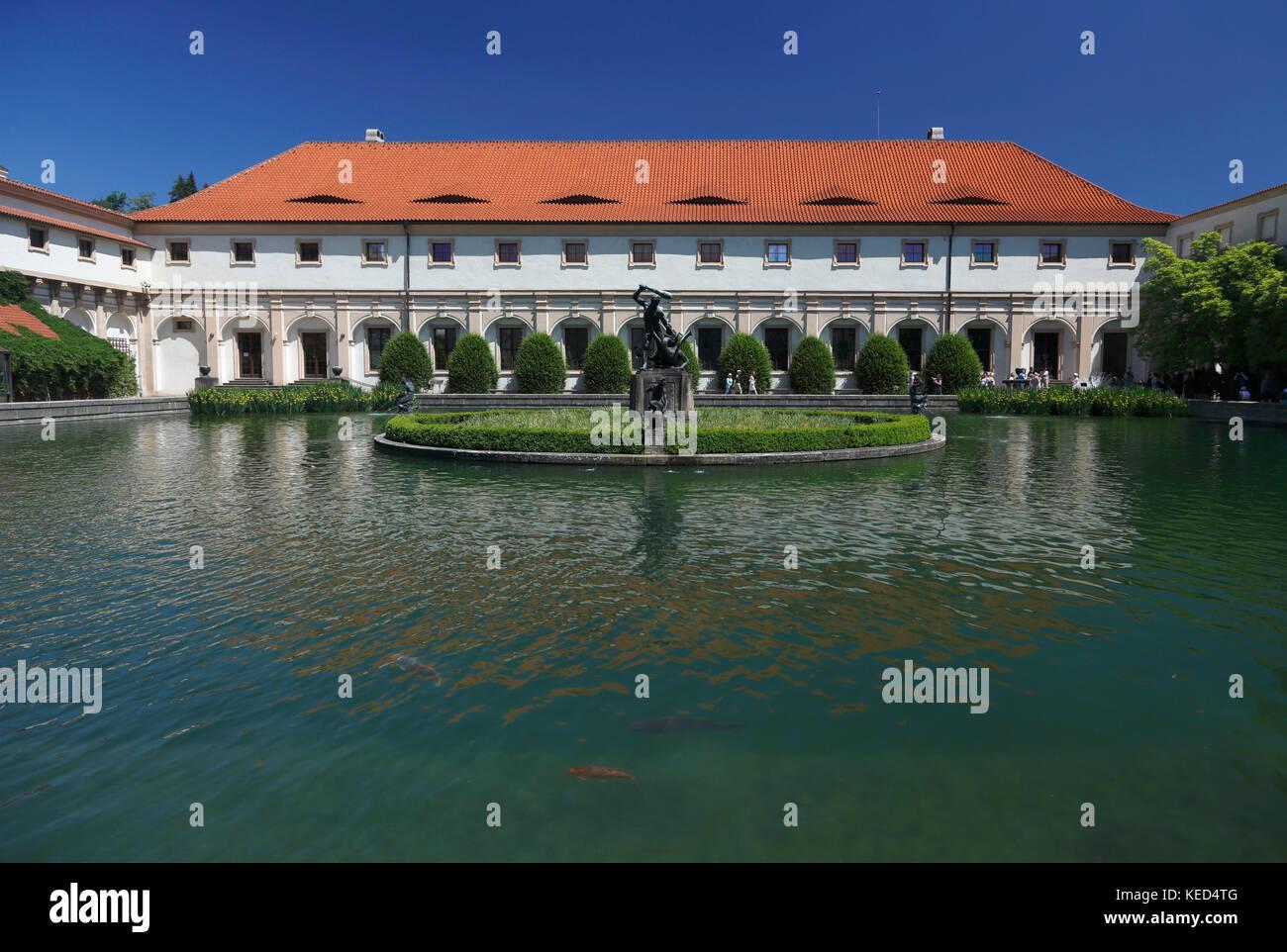 Vecchia scuola di equitazione, Palazzo Wallenstein e giardino, vecchia scuola di equitazione, Praga, Repubblica Immagini Stock