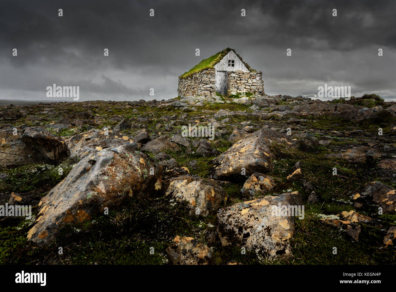Un rifugio tradionell nel Westfjords dell Islanda. Immagini Stock