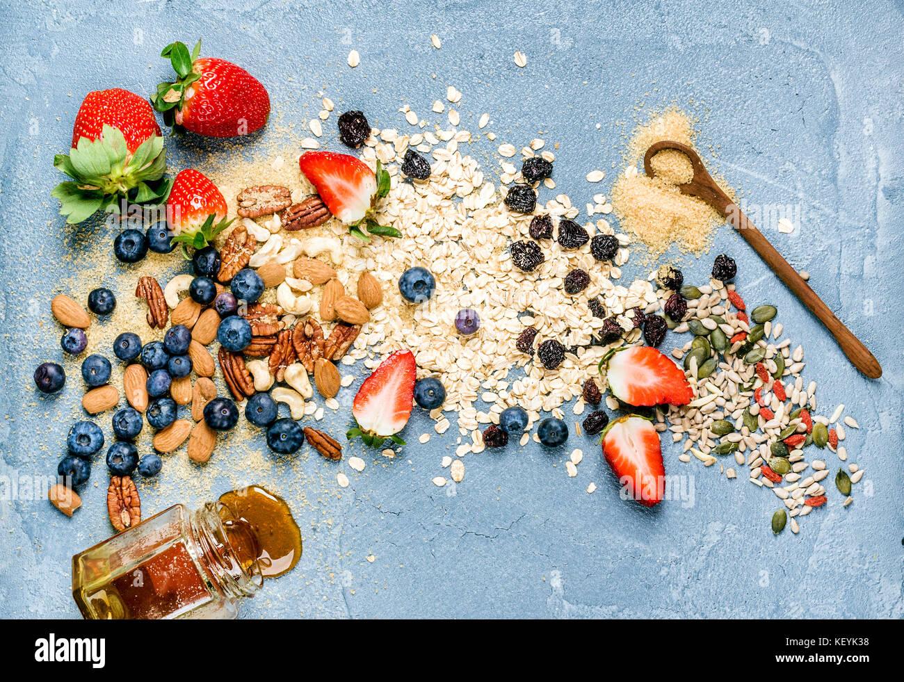 Ingredienti per la cottura di una sana prima colazione Immagini Stock