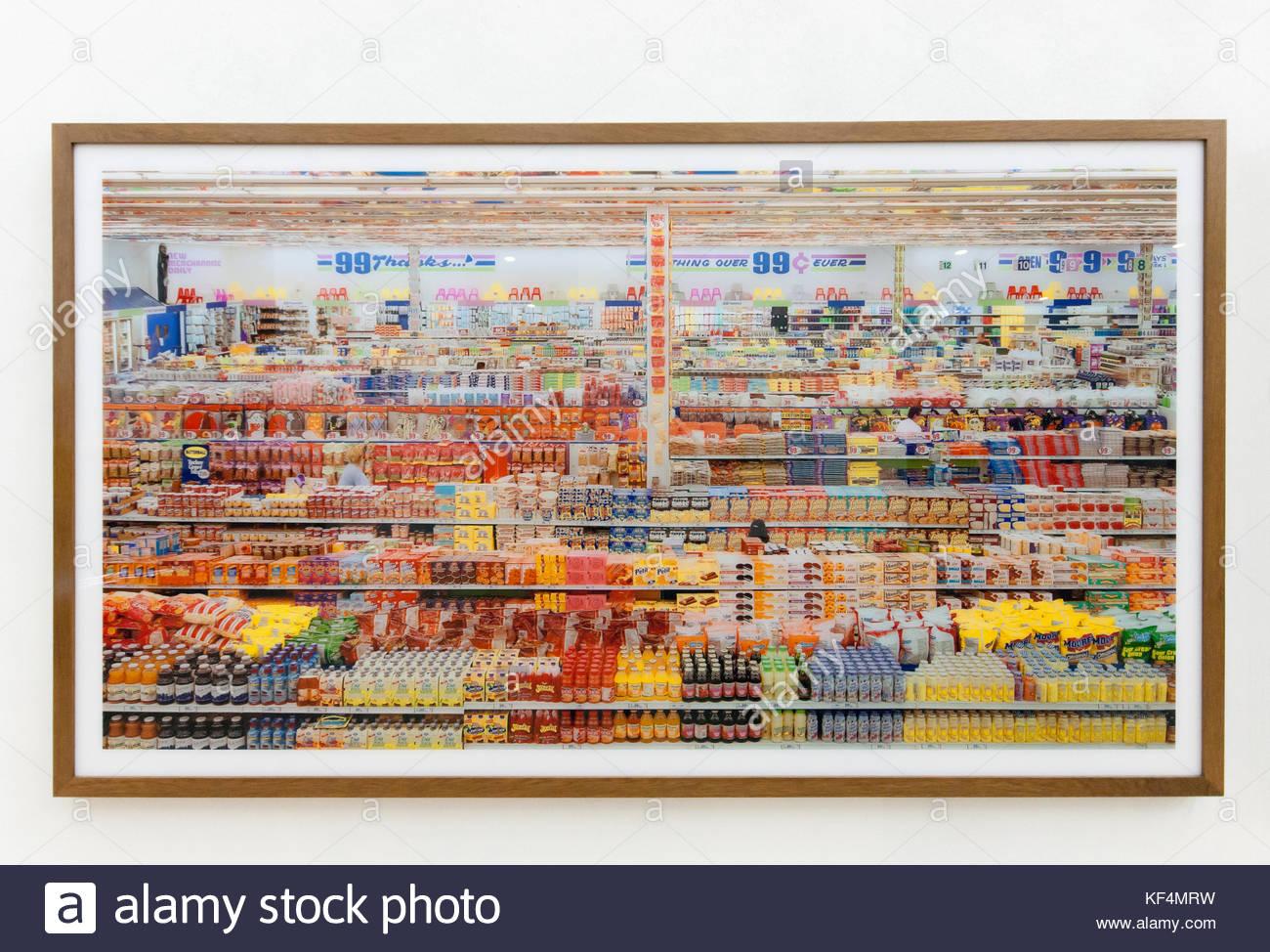 Andreas Gursky 99 Cent Ii Diptychon Grandi Fotografie C Print Montata Su Vetro Acrilico 1999 Da Arts Food Exhibition Milano 2015