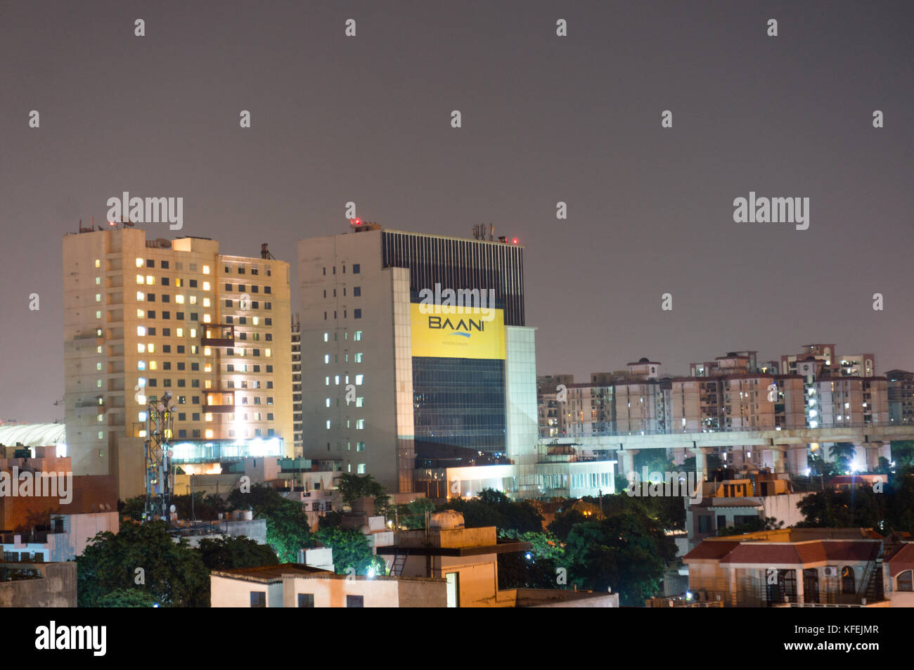 Edifici di Gurgaon di notte Immagini Stock