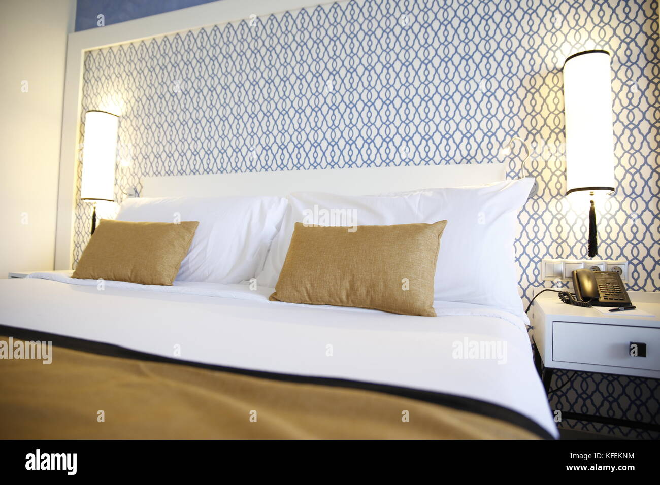 Camere Da Letto Marocco : Hotel in camera da letto letto matrimoniale e cuscini modelli di