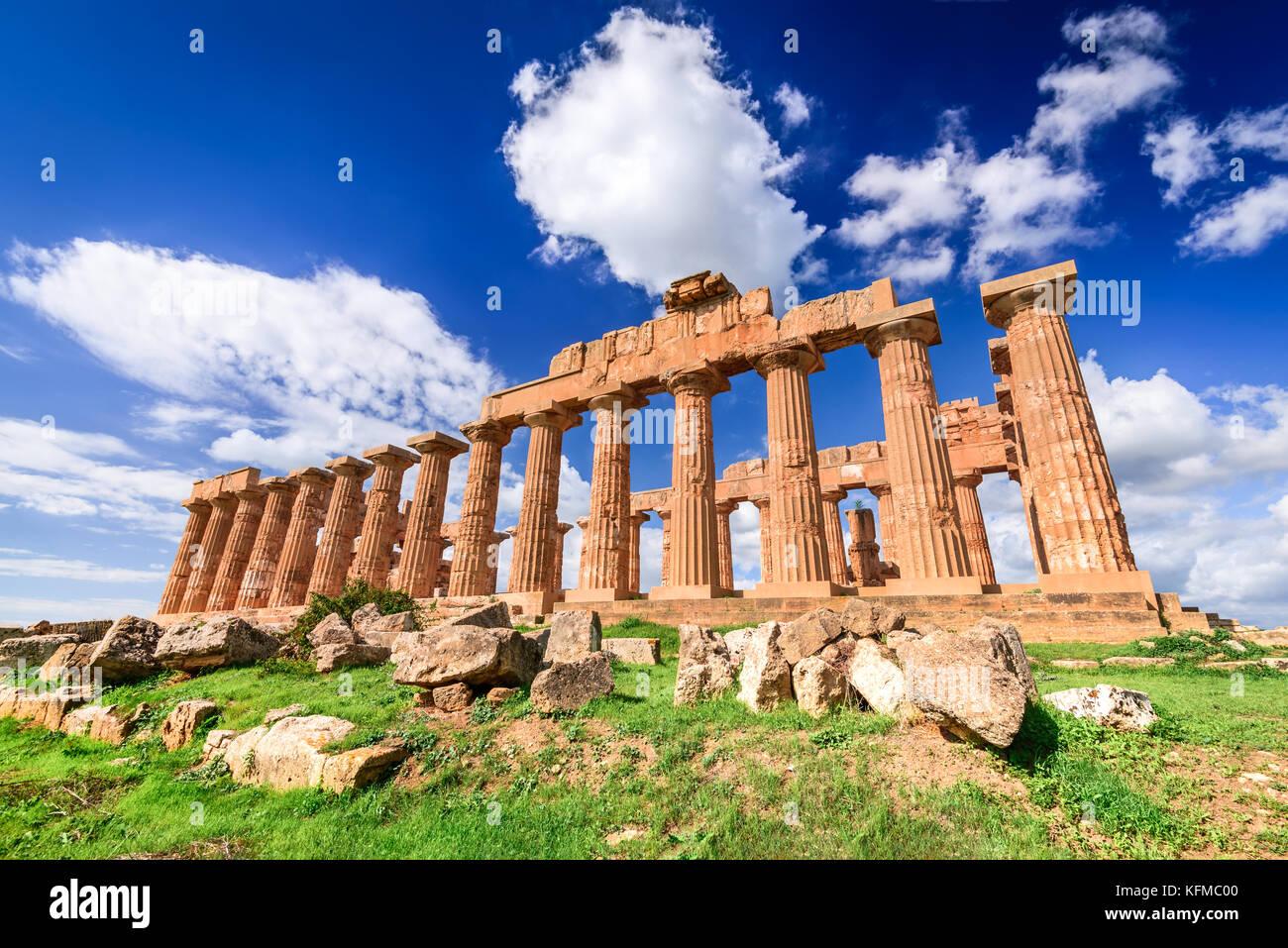 Selinunte era una antica città greca sulla costa sud-occidentale della Sicilia in Italia. Tempio di Hera rovine Immagini Stock