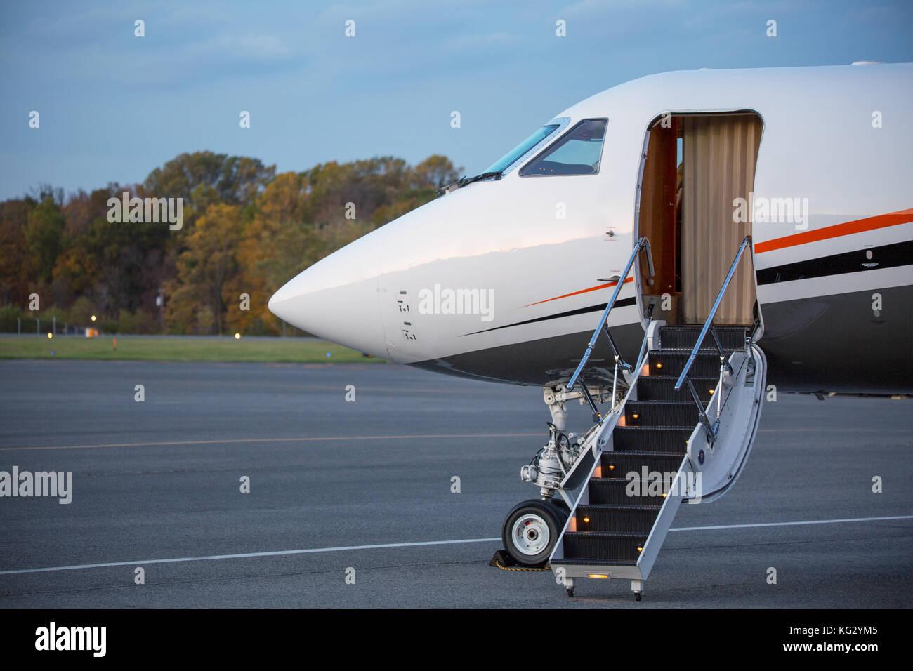 Aereo Privato Lusso : Negli usa con jet privato di lusso chi paga euro per