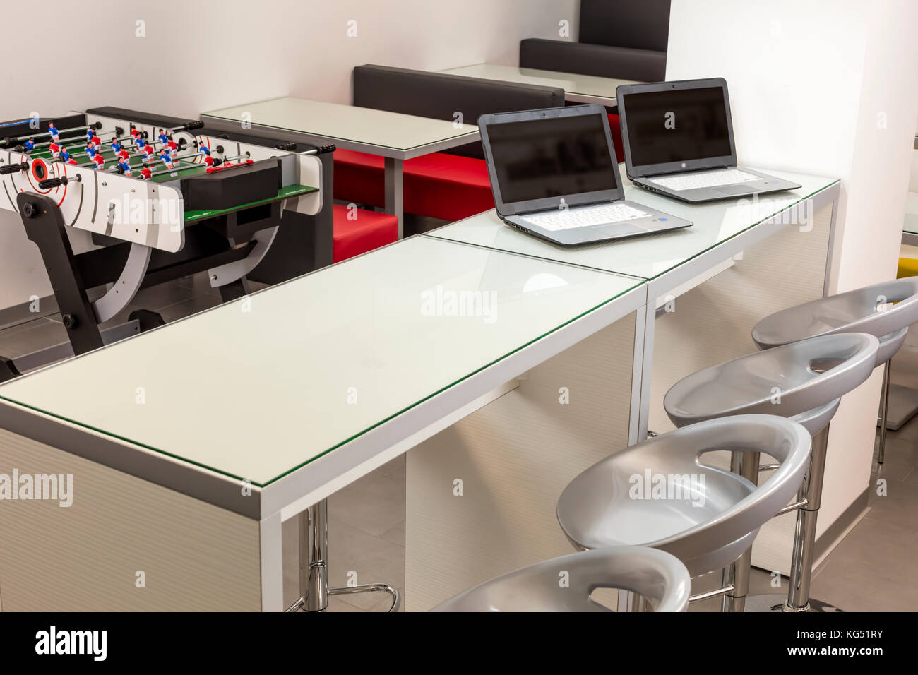 Moderno lounge spazio in una scuola o in un ufficio. Immagini Stock