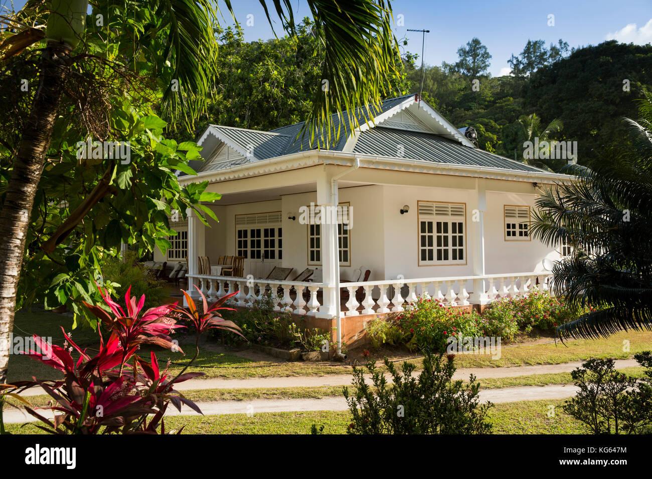 La seychelles praslin grand anse stile coloniale - Veranda in giardino ...