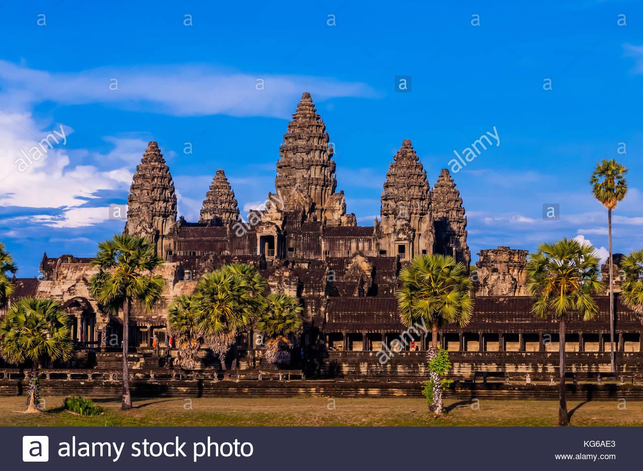 Angkor Wat, il più grande monumento religioso nel mondo (significa città che è un tempio); Cambogia. Immagini Stock
