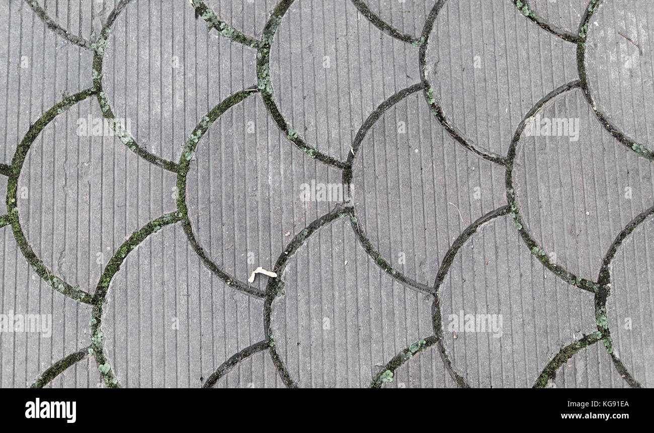 Piastrelle in gres laminato effetto geometrico slimtech mauk
