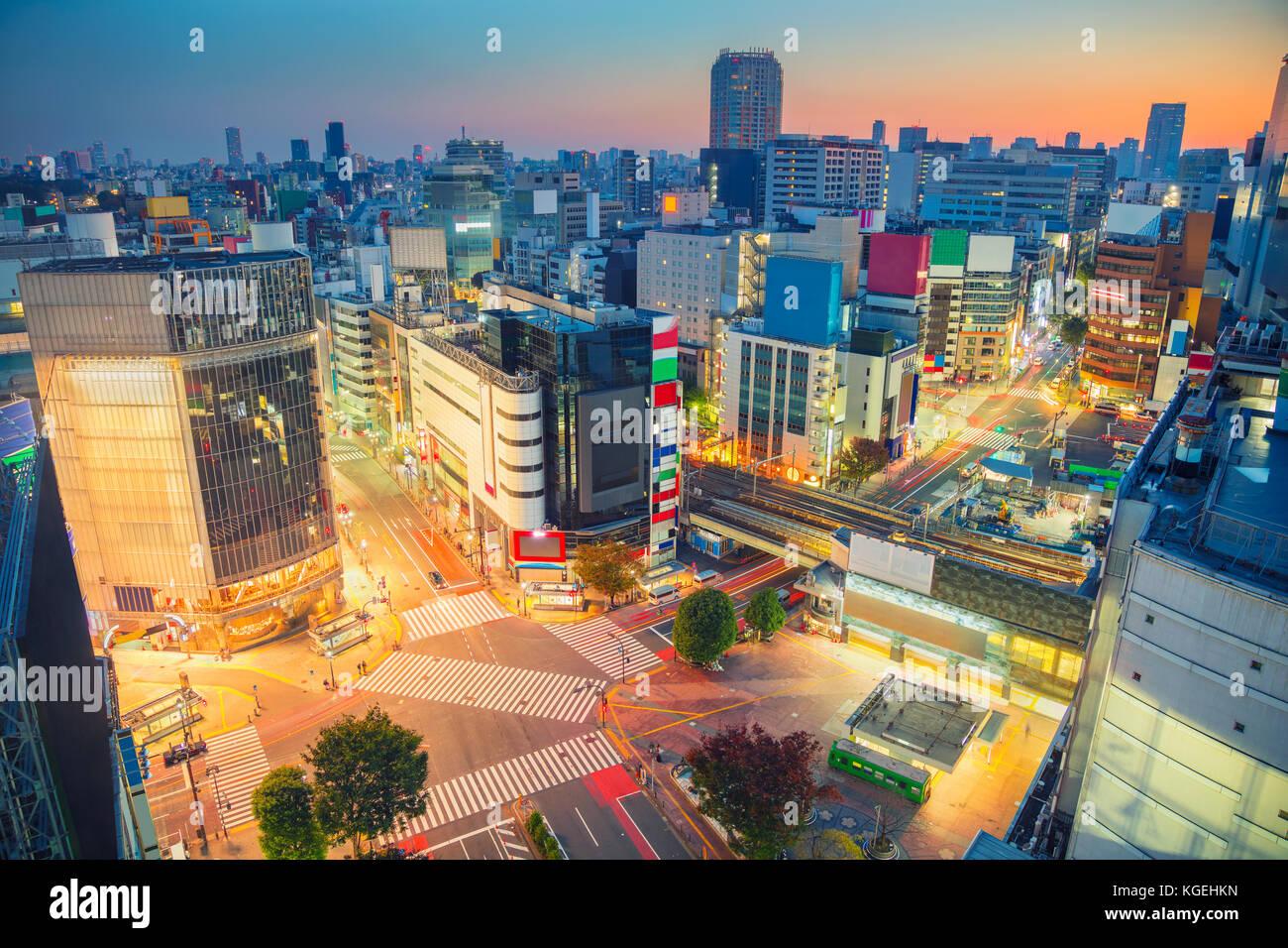 Tokyo. cityscape immagine di attraversamento di Shibuya di Tokyo, Giappone durante il sunrise. Immagini Stock