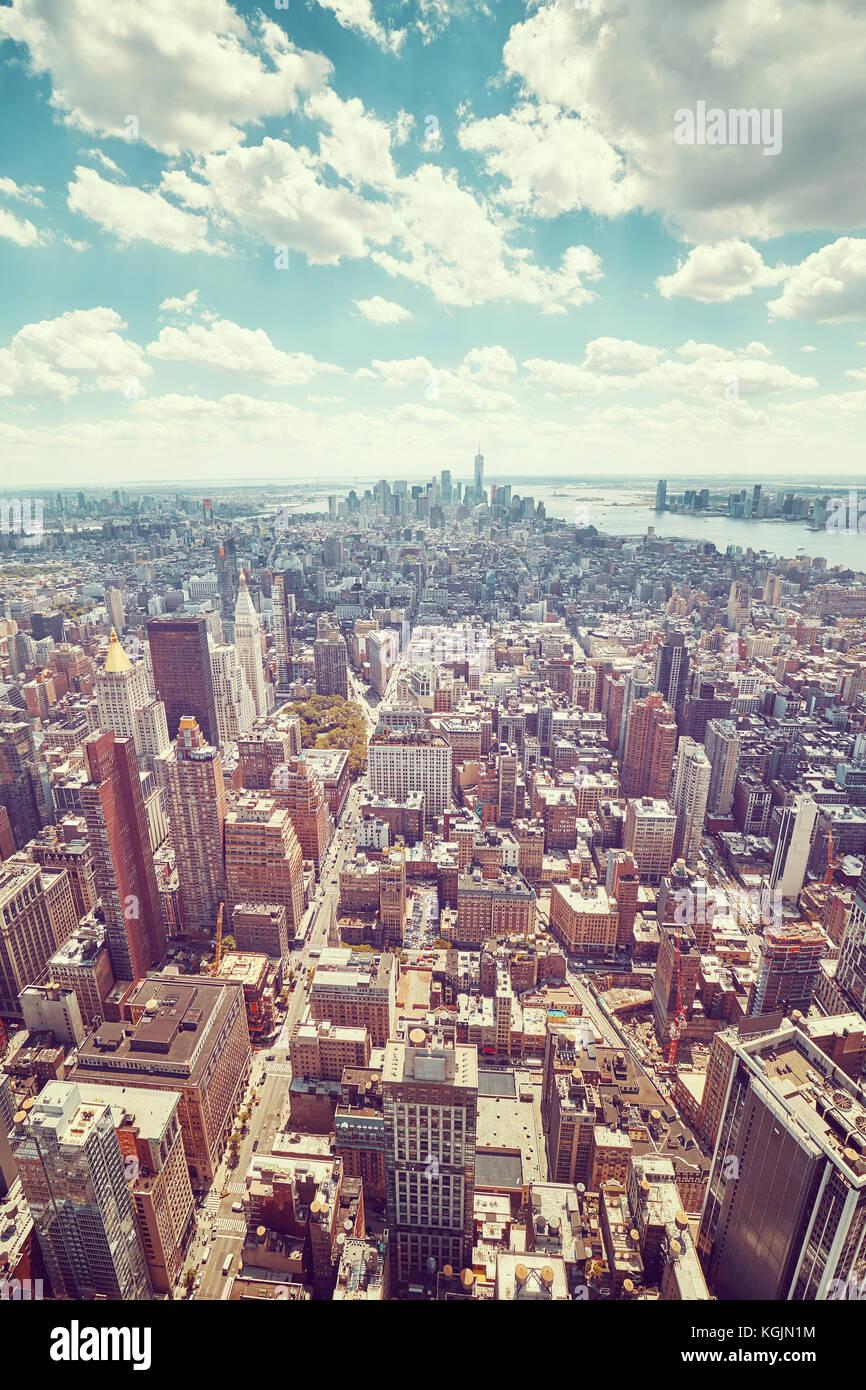 Vintage tonica ampio angolo di fotografia aerea della città di new York skyline di Manhattan, Stati Uniti d'America. Immagini Stock