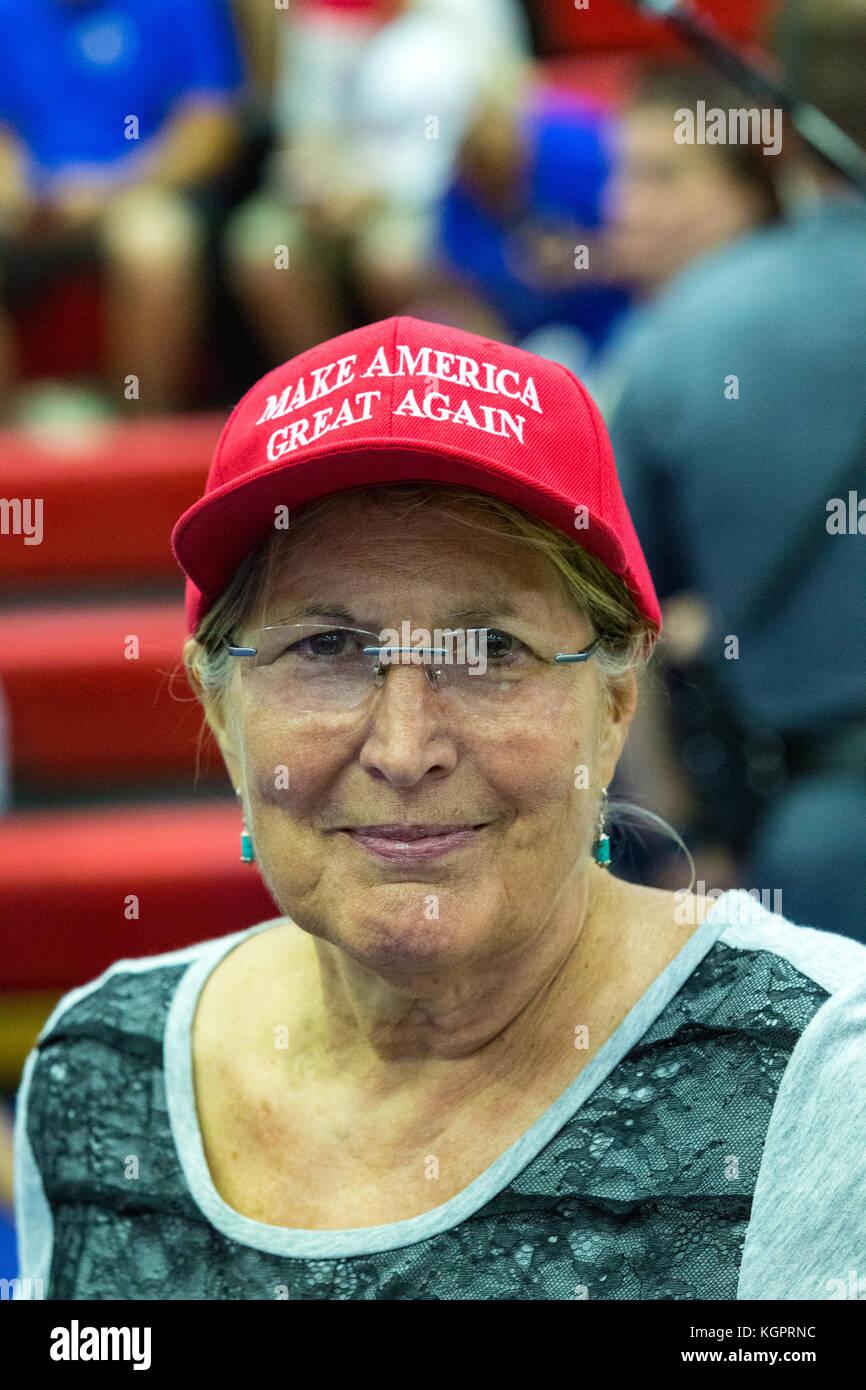 Make America Great Again Immagini   Make America Great Again Fotos ... 724751e2b8e5