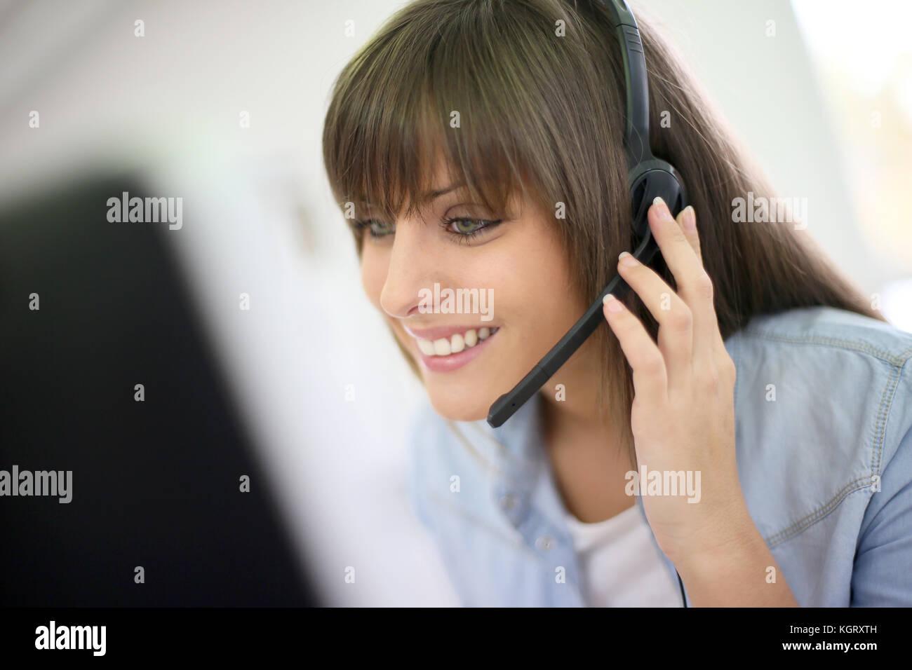 Rappresentante del servizio clienti al telefono Immagini Stock