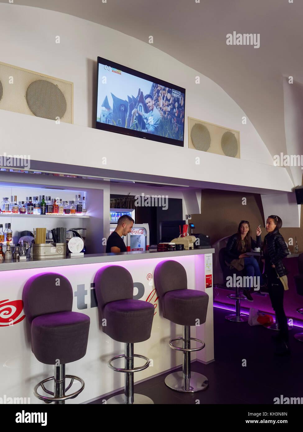 Café e bar positivo dolna 9 in Banska Bystrica, banskobystricky kraj, Slovacchia, europa Immagini Stock