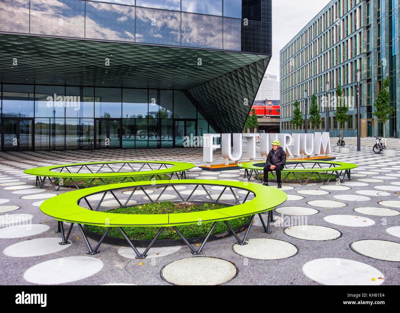 Berlino,lfuturium - Centro per il futuro.moderno edificio di vetro ...