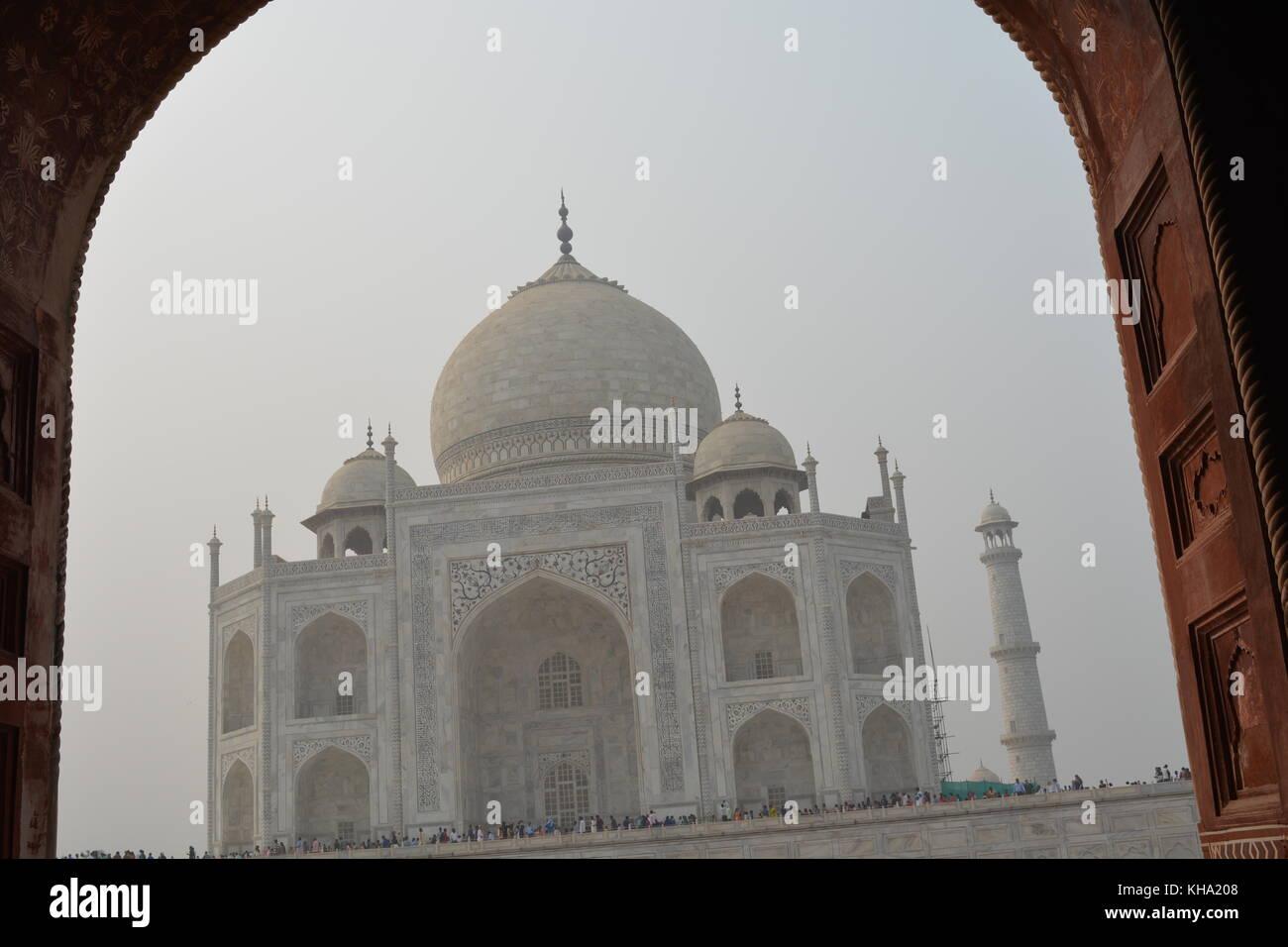 Taj Mahal in vista la mattina in Agra, India Immagini Stock