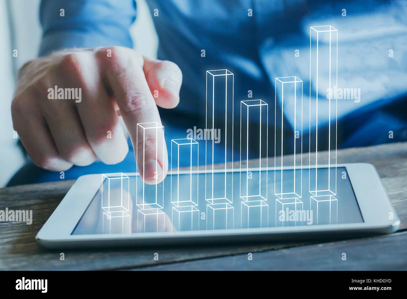 Analisi di business e tecnologia finanziaria, concetto grafico 3d dalla schermata della tavoletta digitale computer Immagini Stock