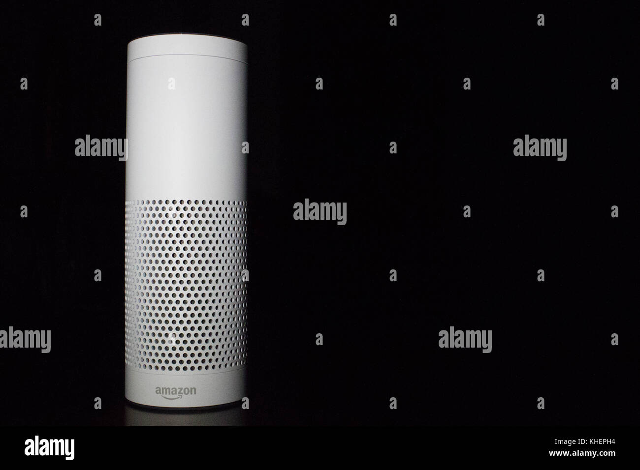 Intelligenza artificiale su sfondo nero Foto Stock