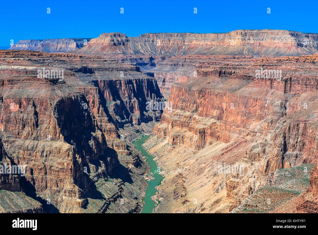 Il fiume Colorado in coda di pesce rapids area del parco nazionale del Grand Canyon, Arizona Immagini Stock