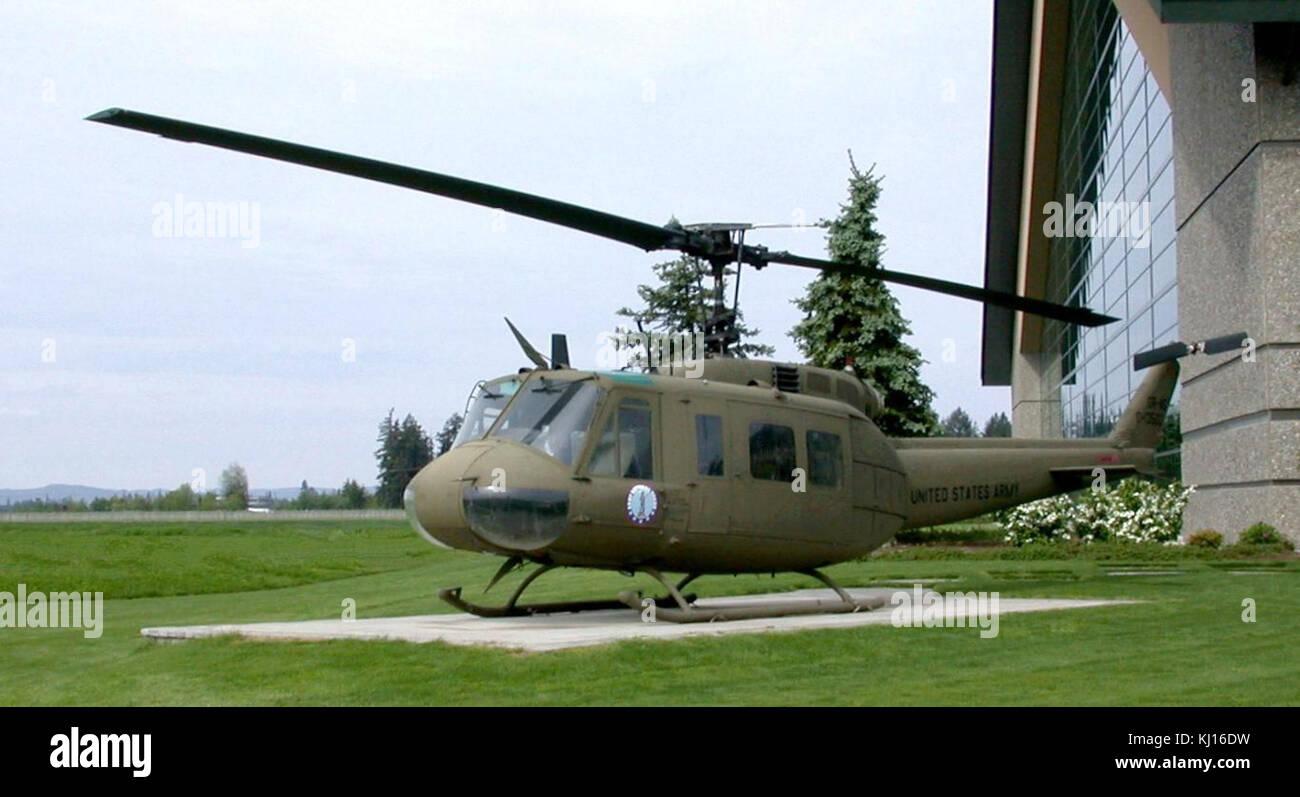 Elicottero 205 : Bell uh h modello huey elicottero foto immagine stock