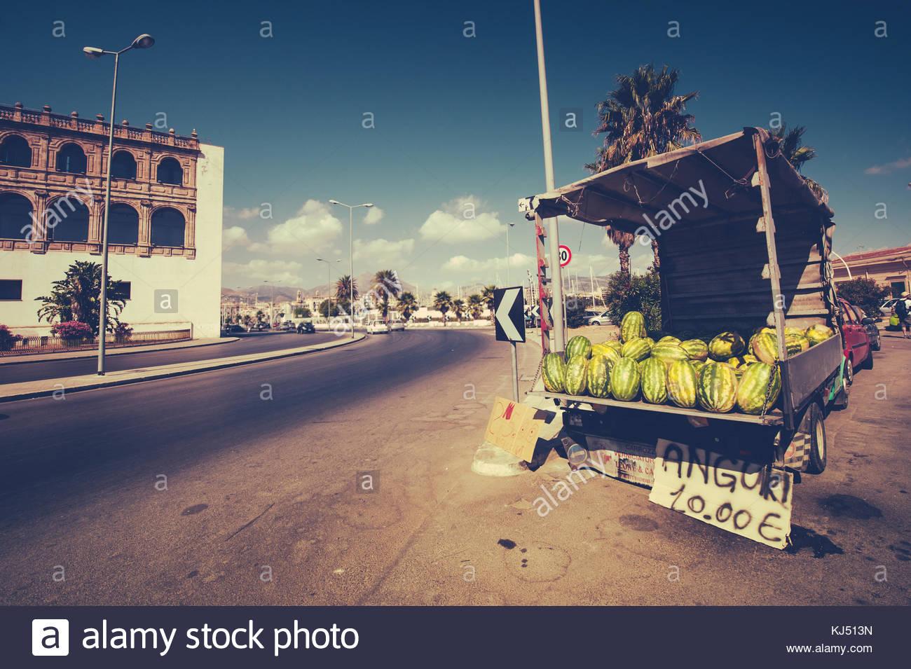 Pfundskerle stallo di frutta Immagini Stock