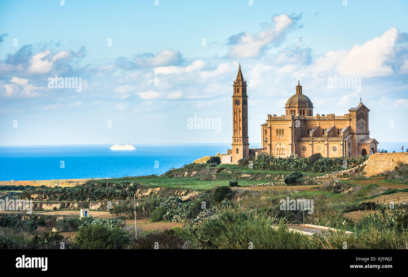 Basilica del Santuario Nazionale della Vergine di Ta Pinu, Gozo, Malta Immagini Stock