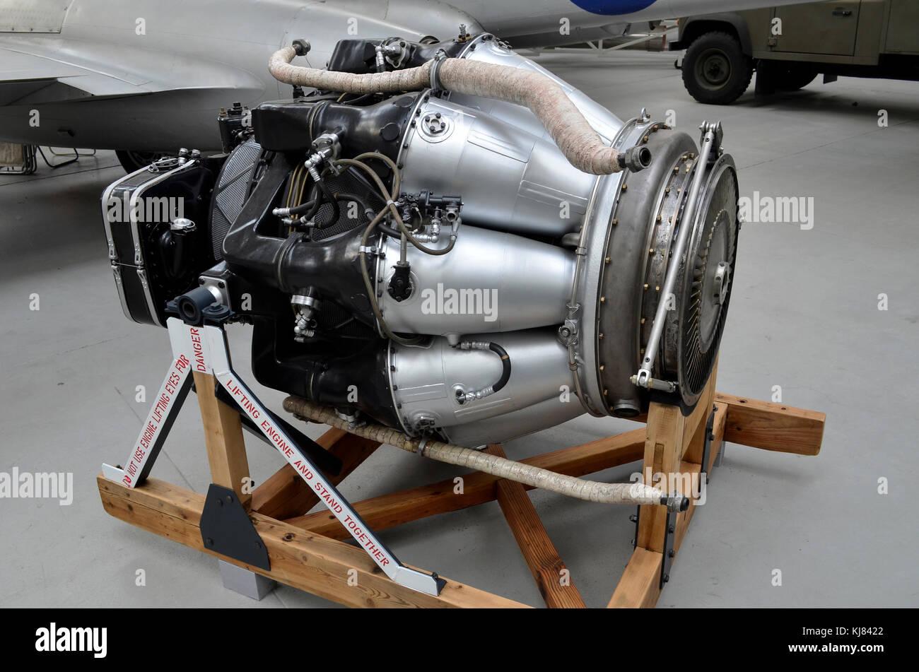 Rolls royce derwent 8 motore jet duxford regno unito il for Il tuo account e stato attaccato