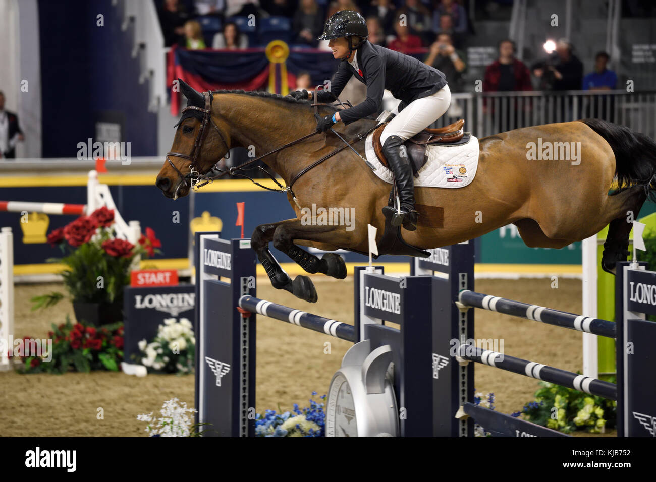 Amy Miller Canada equitazione Heros in Longines FEI World Cup Show Jumping concorrenza presso il Royal Horse Show Immagini Stock