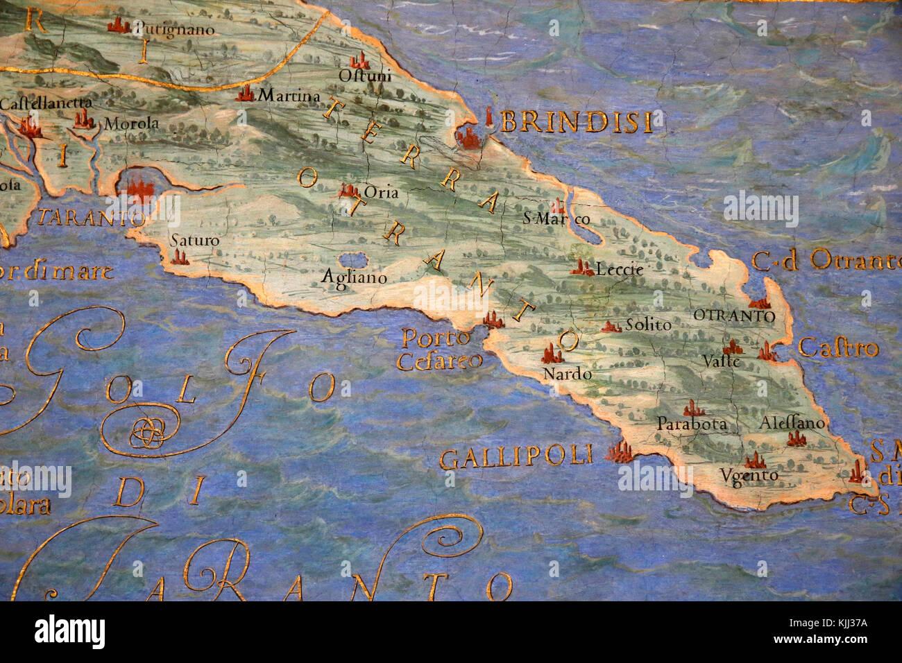 Brindisi Cartina Geografica.Musei Vaticani A Roma Dettaglio Di Una Mappa Nella Galleria Di Mappe La Puglia L Italia Foto Stock Alamy
