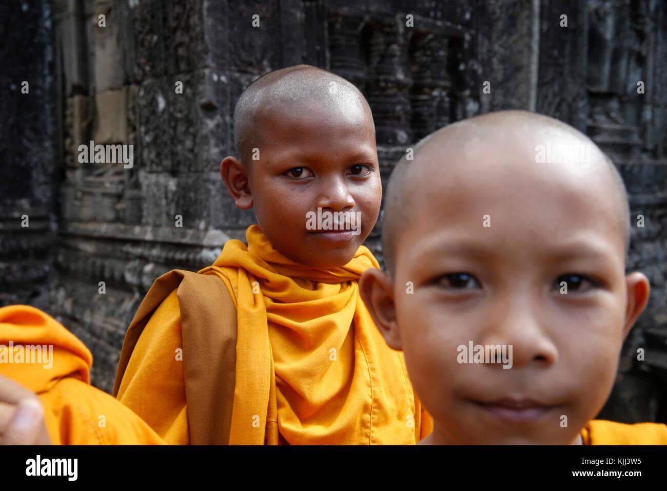 Il debuttante monaci in Angkor. Cambogia. Immagini Stock