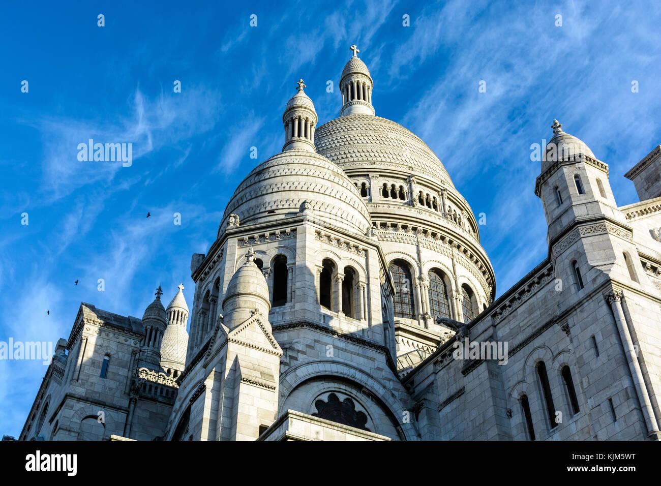 Di tre quarti anteriore vista dal di sotto della cupola della basilica del Sacro Cuore di Parigi. Immagini Stock