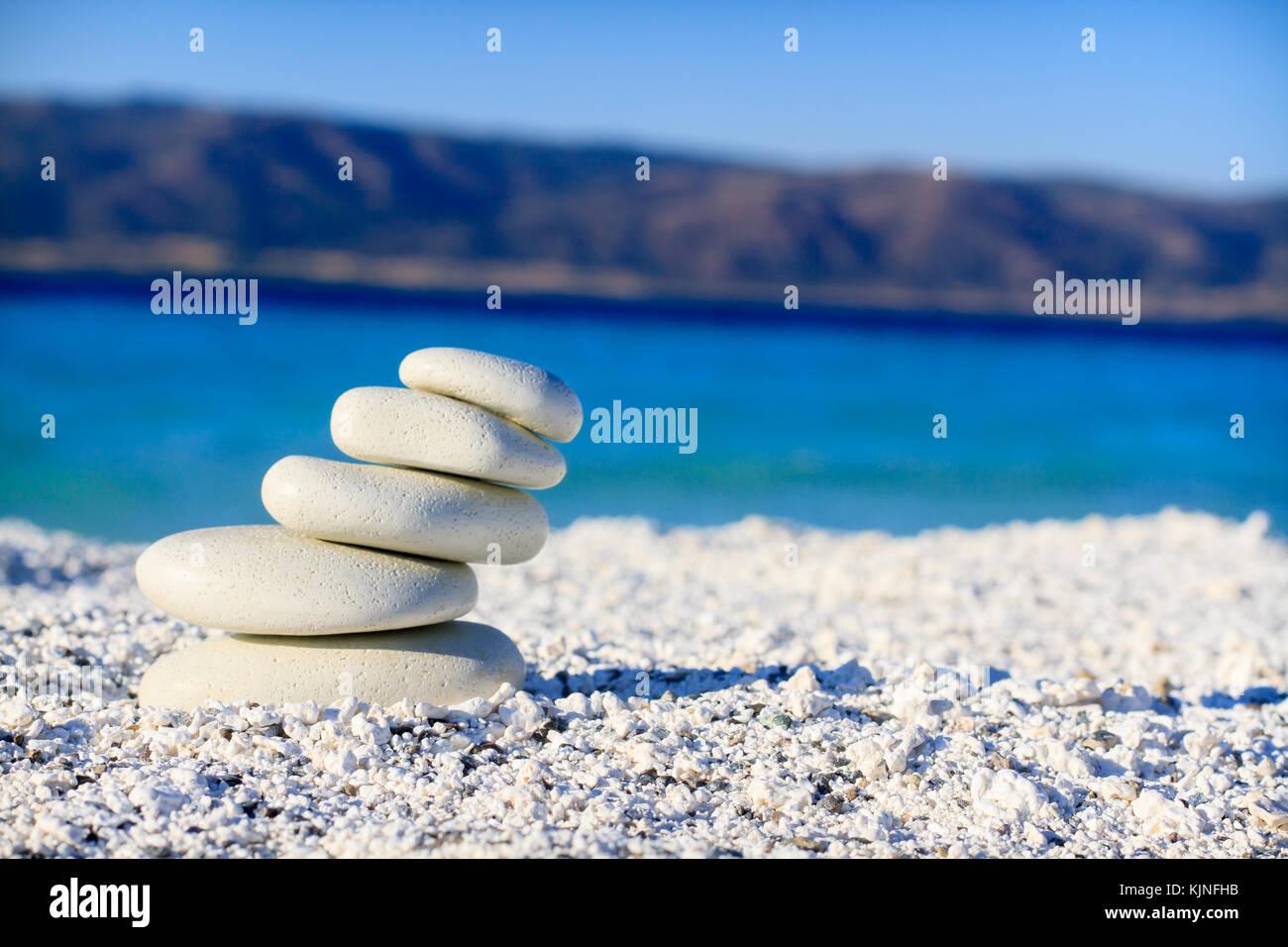 Equilibrato pietre di sabbia Immagini Stock