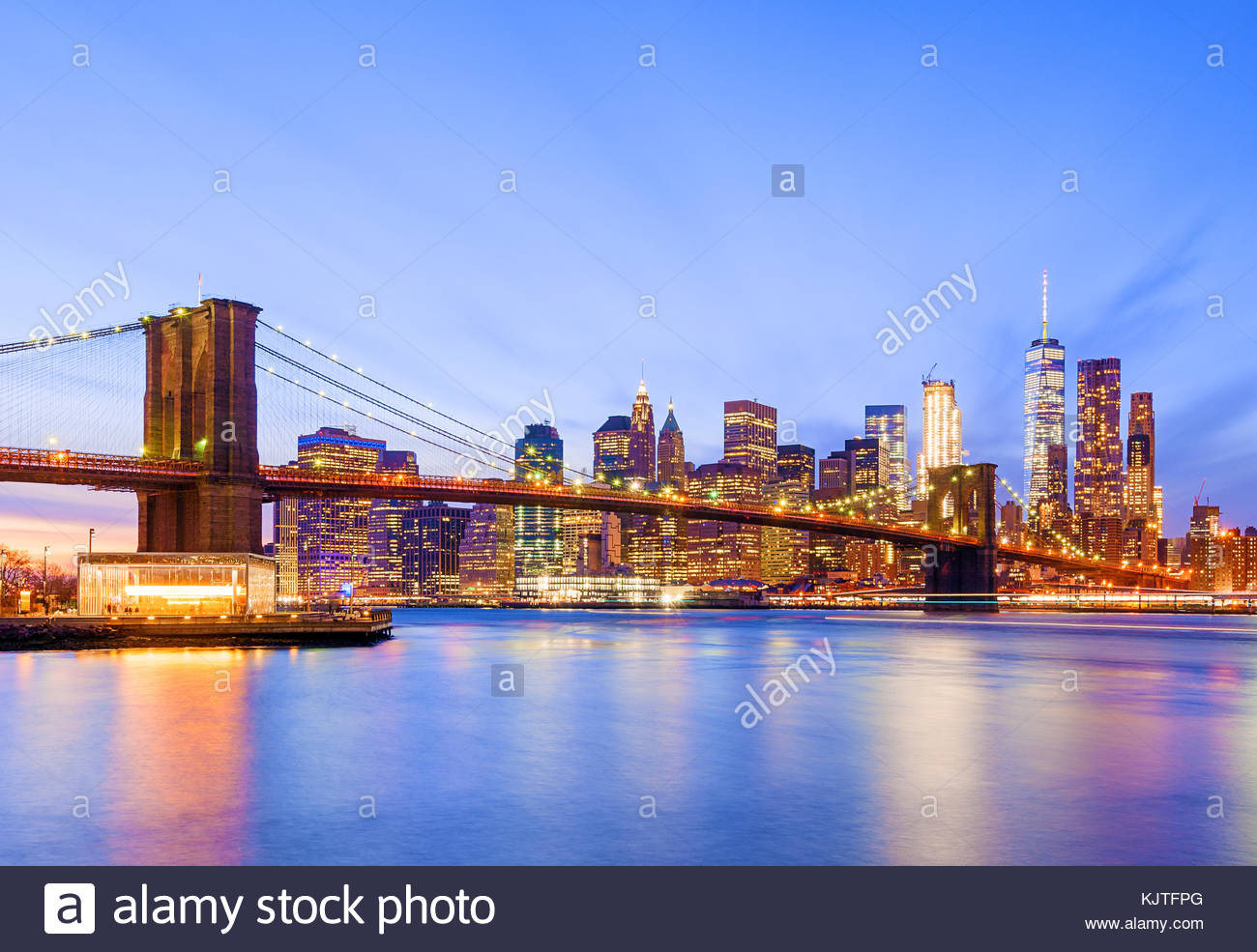 Skyline di New York New York City Brooklyn Bridge Un WTC World Trade Center Immagini Stock