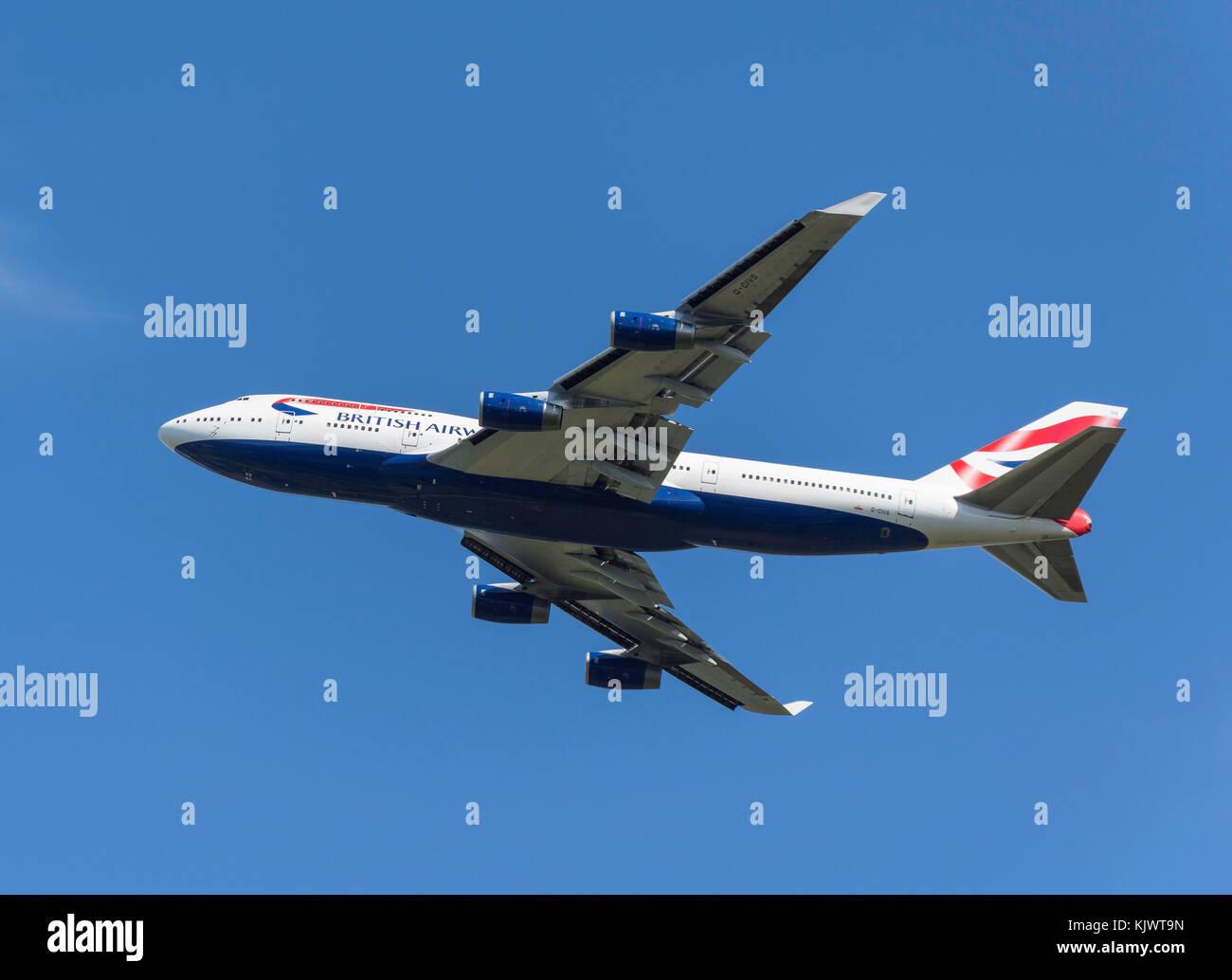 British Airways Boeing 747-436 il decollo dall'aeroporto di Heathrow, Greater London, England, Regno Unito Immagini Stock