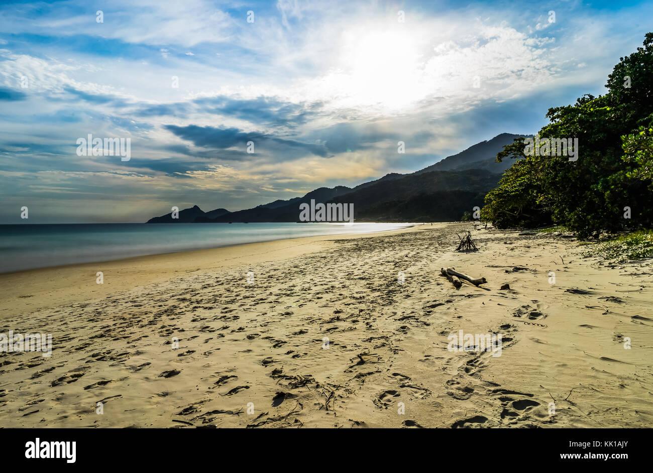 Lopes Mendes Beach in Ilha Grande a sud di Rio de Janeiro in Brasile Immagini Stock