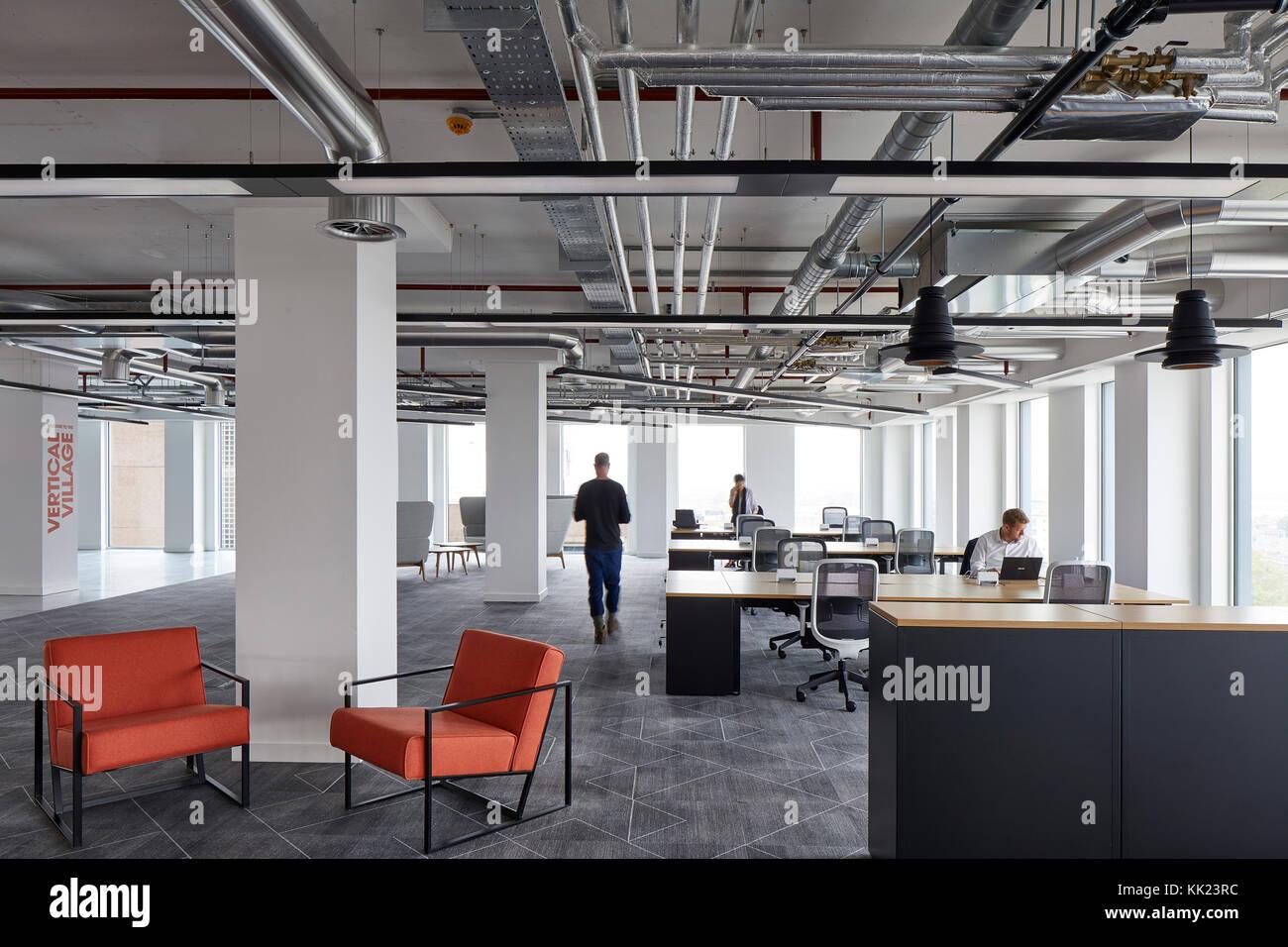 Ufficio Di Un Architetto : Aprire ufficio del piano e dello spazio di lavoro. il tamigi tower